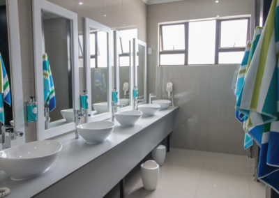 zzzone-gallery-bathrooms1