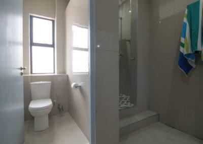 zzzone-gallery-bathrooms4